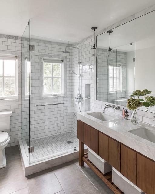 Sonoma Farmhouse farmhouse-bathroom