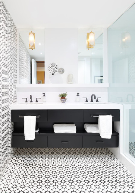 5 Ways To Open Up A Windowless Bathroom