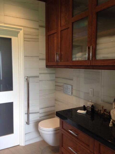 Sophisticated bathroom remodel classique chic salle de - Salle de bain classique chic ...