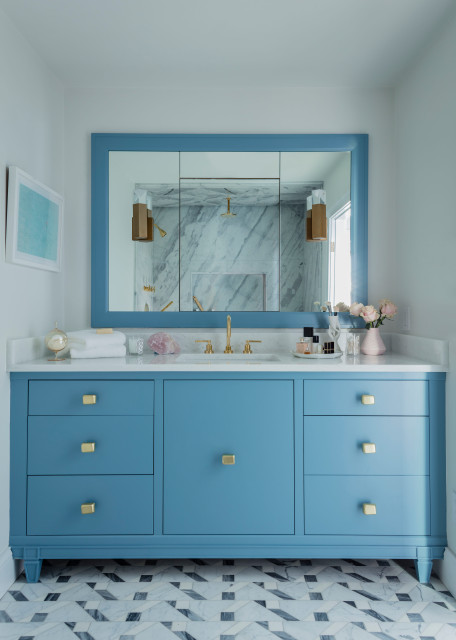7 Beautiful Blue Paint Colors For Bathrooms, What Is The Best Sherwin Williams Paint For Bathroom Cabinets