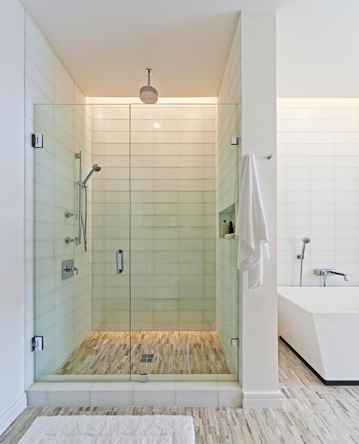SOUTH PENTHOUSE / DALLAS modern-bathroom