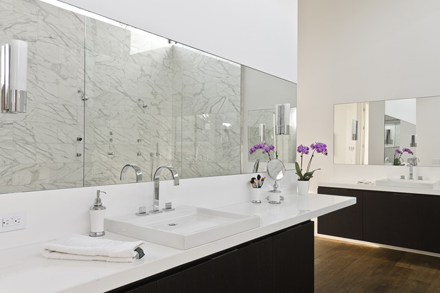 Southampton modern bathroom houston by c o n t e n t architecture Bathroom design jobs southampton