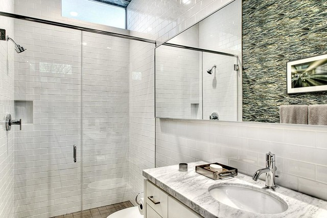 Southampton Residence Modern Bathroom Houston By Design Dca