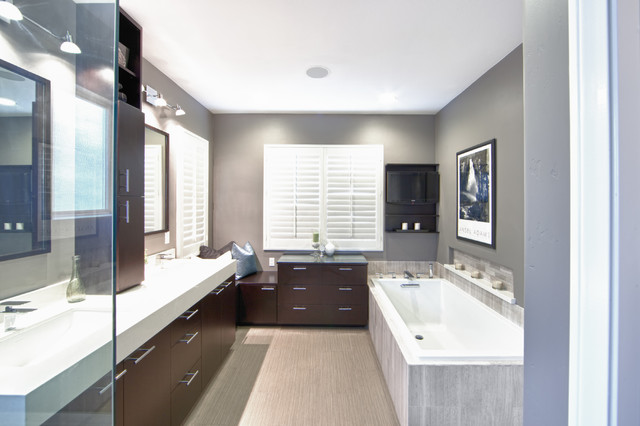 Southern california bathroom remodel modern bathroom for Modern bathroom renovations