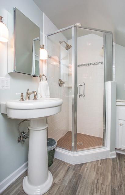 Southwest minneapolis bathroom traditional bathroom for Southwest bathroom designs