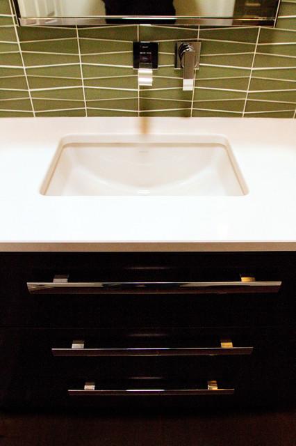 SPA BATH contemporary-bathroom