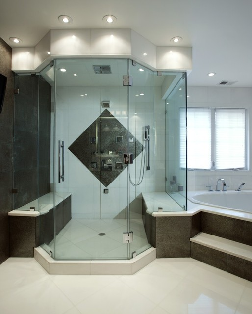 Spa Treatment At Home With Stunning Bath And Walk in