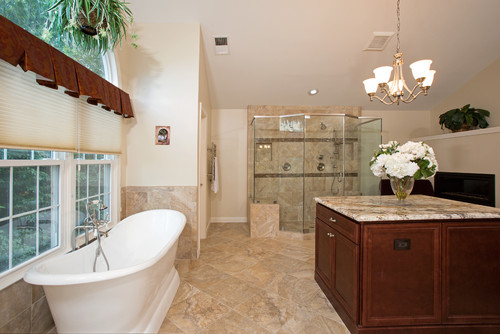 Spacious and Cozy Spa Like Master Bath in Sterling