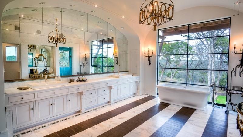 Spanish Colonial Revival - Southwestern - Bathroom ...