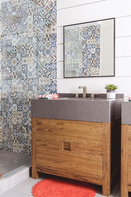 Spanish Modern Bathroom resort style