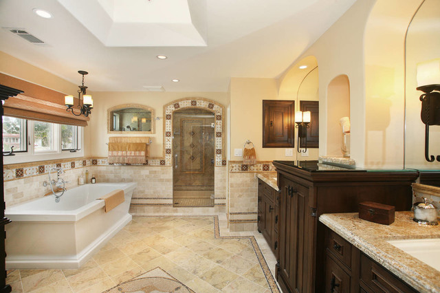 Spanish revival master bath mediterranean bathroom for Bathroom in spanish