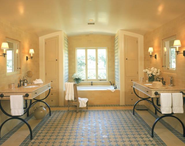 Spanish style master bathroom mediterranean bathroom for Bathroom tiles spain