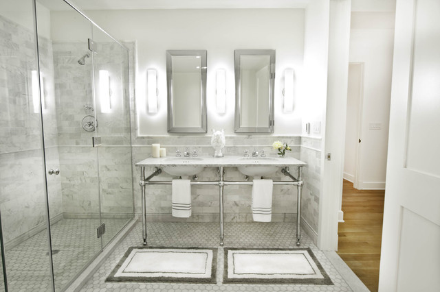 Traditional Subway Tile Bathroom Idea In New York