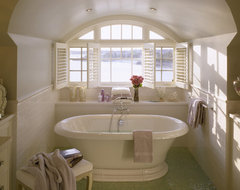 Spindrift traditional-bathroom