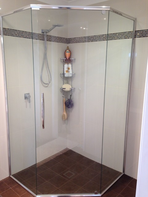 Splayed Semi Frameless Shower Screen with Handle - Contemporary ...