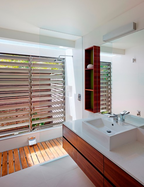 Spoonbill house peregian beach sunshine coast for Bathroom designs qld