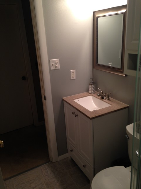 St bathroom remodel traditional bathroom chicago for Bathroom remodel under 5 000