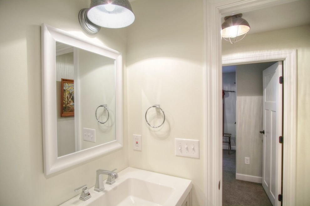 Inspiration for a farmhouse bathroom remodel in Minneapolis