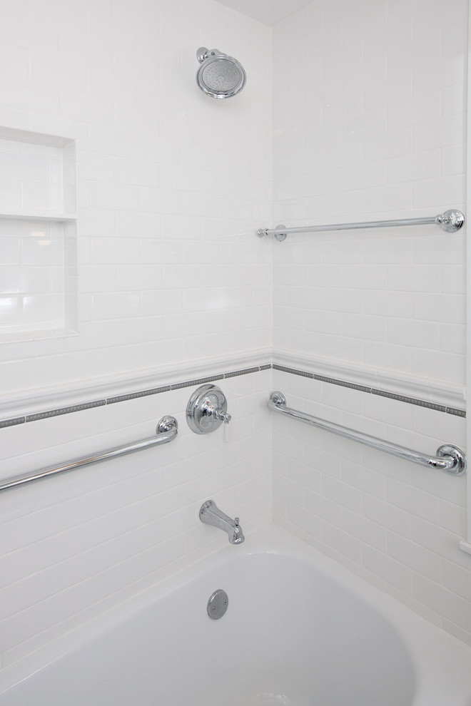 St. Paul Classic Bathroom Remodel - Craftsman - Bathroom ...