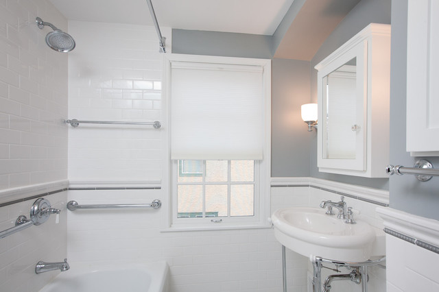 St Paul Classic Bathroom Remodel Traditional Bathroom Minneapolis By Castle Building