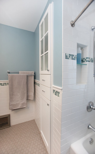St Paul Four Square Classic Bath Remodel Traditional