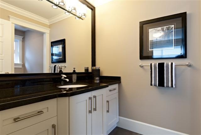 Stage in Langley contemporary-bathroom
