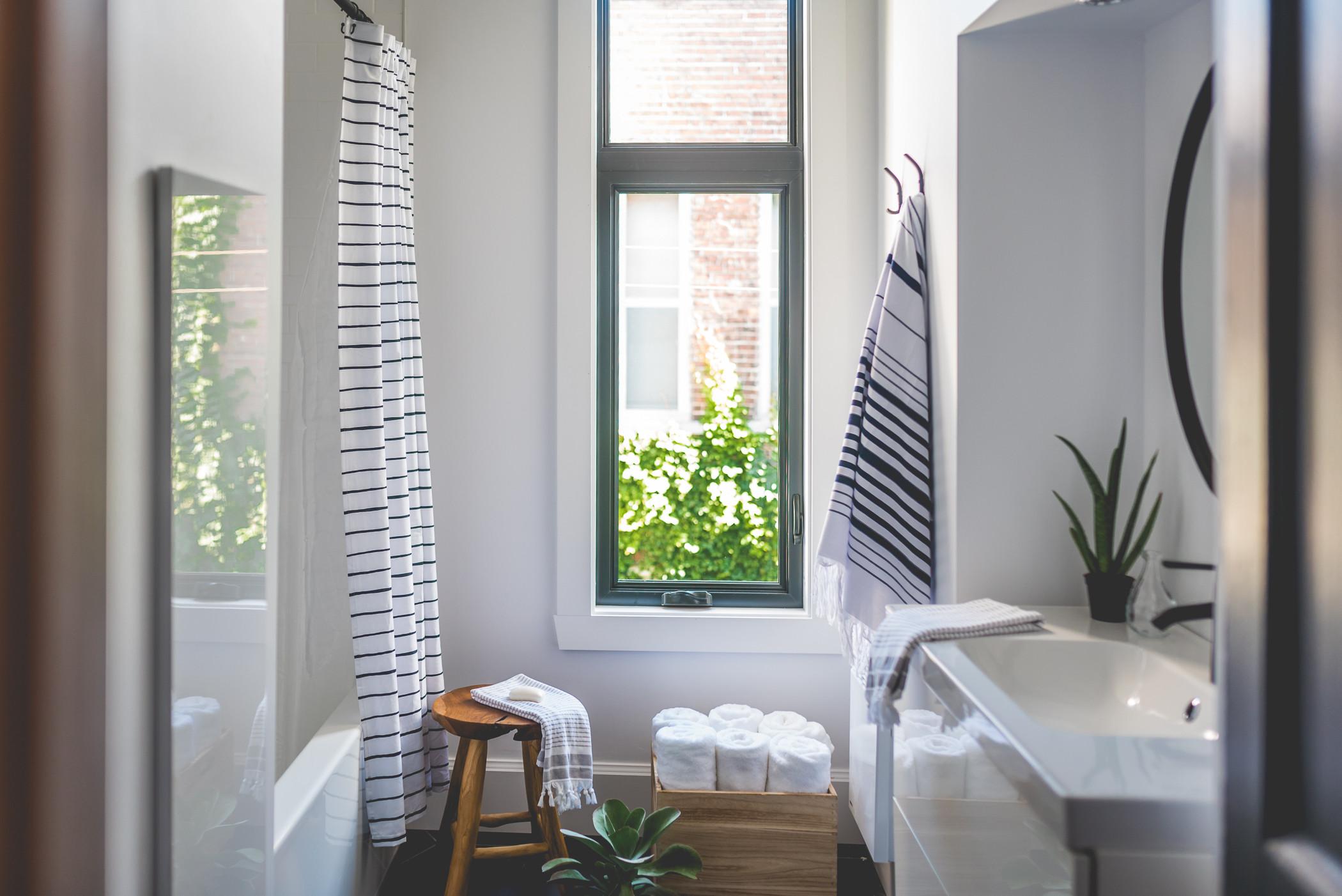 Stéphanie Fortier Design - La salle de bain blanche