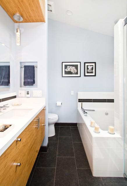 Stephenson - Rolling Hills Estates, CA contemporary-bathroom