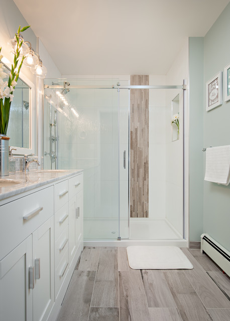Steveston townhouse transitional bathroom vancouver for Townhouse bathroom ideas