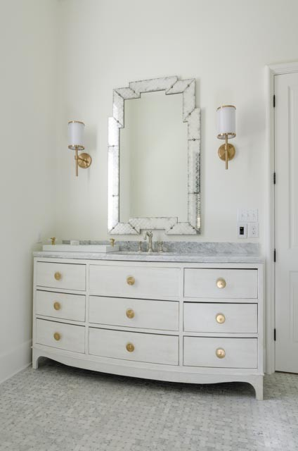 Inspiration for a bathroom remodel in Miami