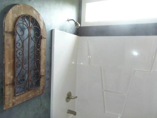 Stone base venetian plaster bathroom for Venetian plaster bathroom ideas