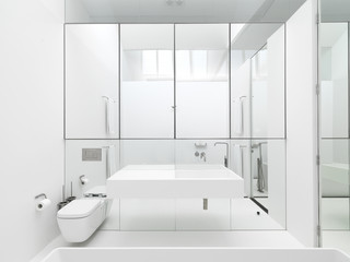 Strelein Warehouse modern-bathroom