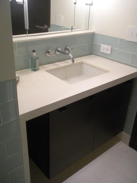 Stuart's Residence Upper East Side - N.Y. modern-bathroom