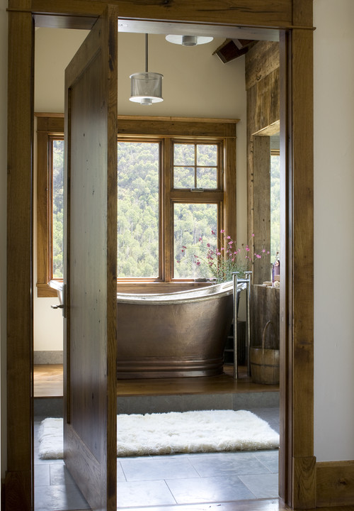 14 Ways To Warm Up Your Bathroom For Winter