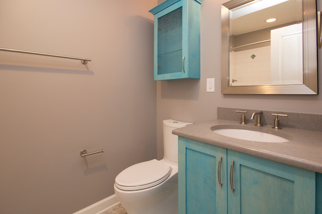 Stunning Aqua Accents in this Guest and Kid's Bathroom ...