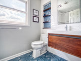 Bathroom of the Week: Bold and Contemporary in 40 Square Feet (7 photos)