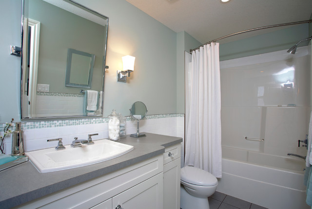 Style Mix traditional-bathroom