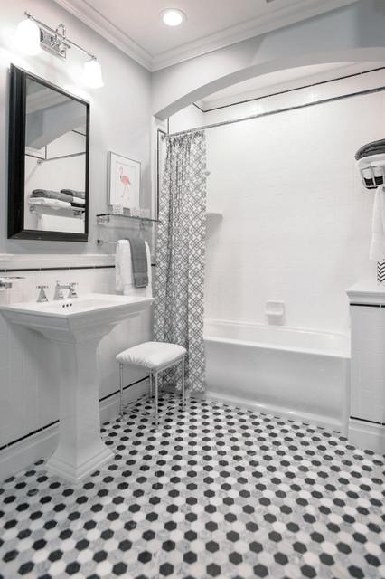 Style Profile: White Marble Midcentury Bathroom Part 15