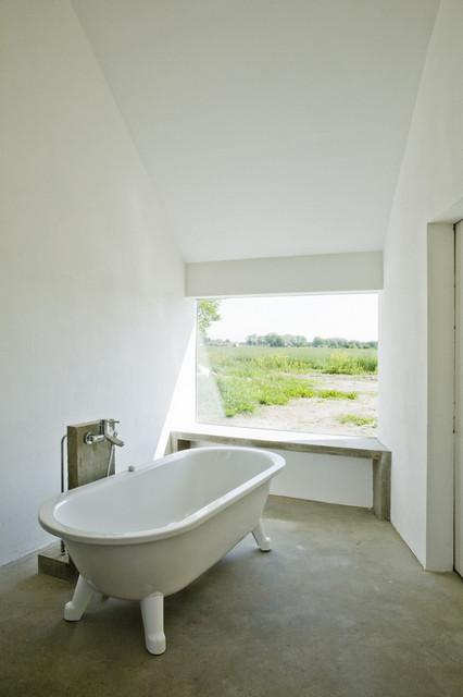 Summerhouse Skåne modern-bathroom
