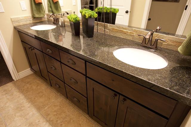 Summerlin Meadows Model - Telluride Design traditional-bathroom