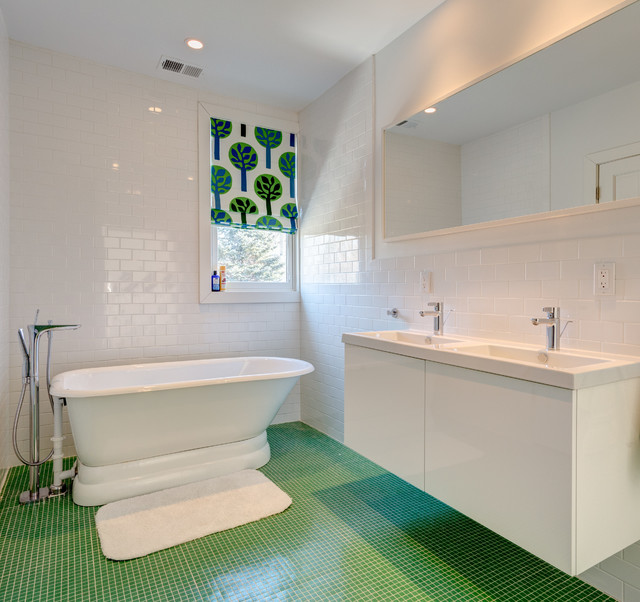 Example Of A Large Minimalist Kidsu0027 White Tile And Subway Tile Green Floor  And Ceramic