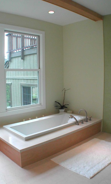 sunken bath tub