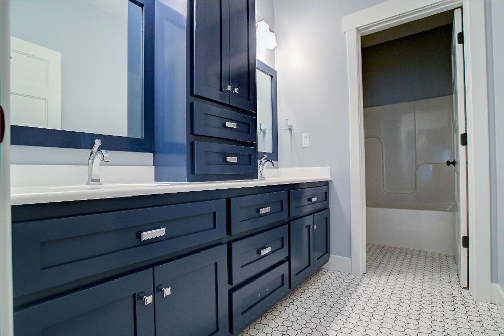 Sunset Ridge Home - Craftsman - Bathroom - St Louis - by ...