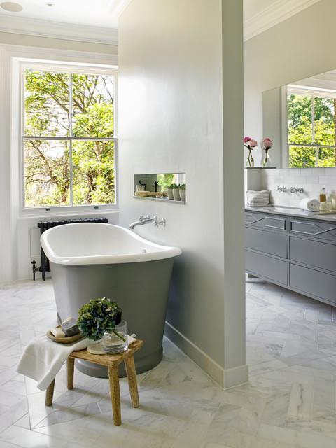 Surbiton classique chic salle de bain sussex par for Salle de bain classique chic
