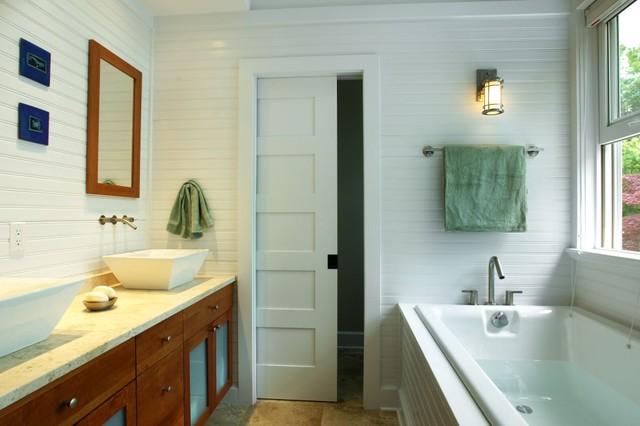 Surfers End Bath beach-style-bathroom