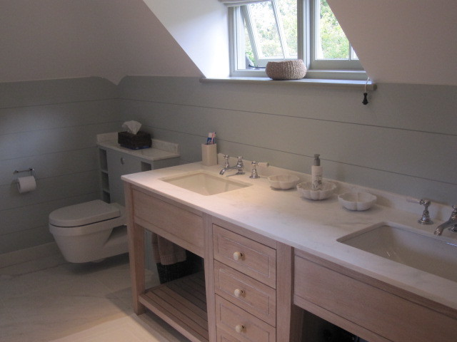 Sussex Country House (England, UK) traditional-bathroom
