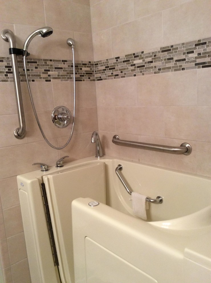 Swan Deluxe Set Up and Chrome Fixtures - Traditional ...