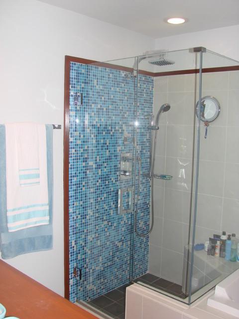 T. Rhodes modern-bathroom