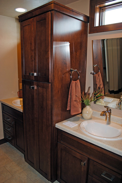 Tamarack Home traditional-bathroom