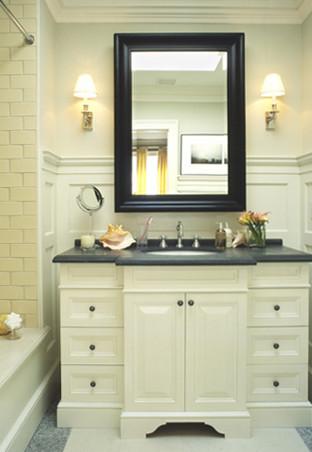 Tammy's Pics traditional-bathroom